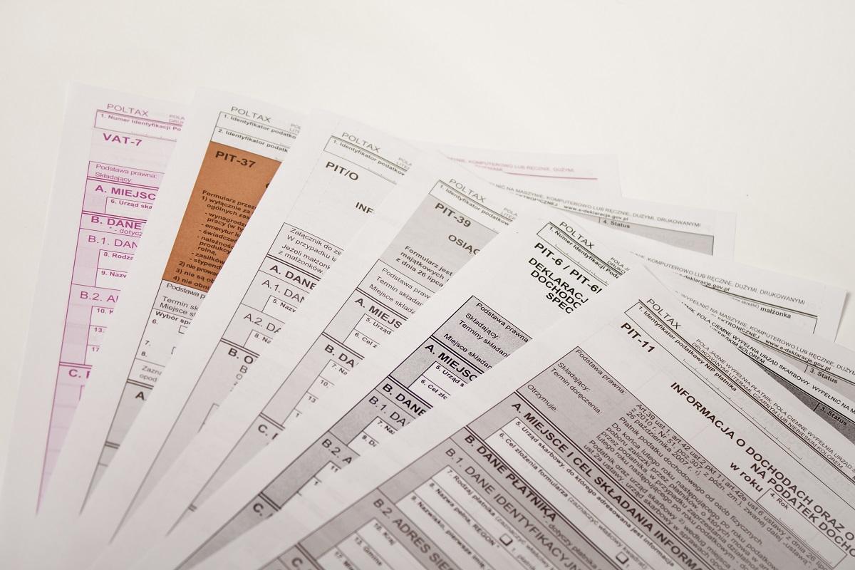 Rozliczanie PIT w formie elektronicznej przez biuro rachunkowe.